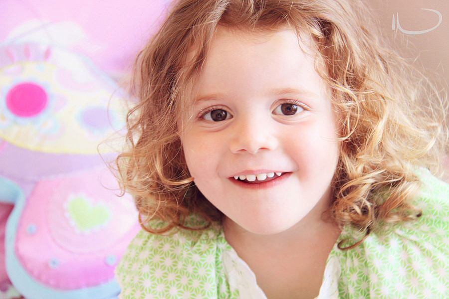 Randwick Sydney Child Photographer: 3 year old girl portrait