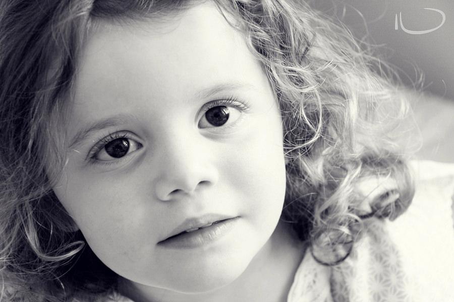 Randwick Sydney Child Photographer: Little girl with big brown eyes