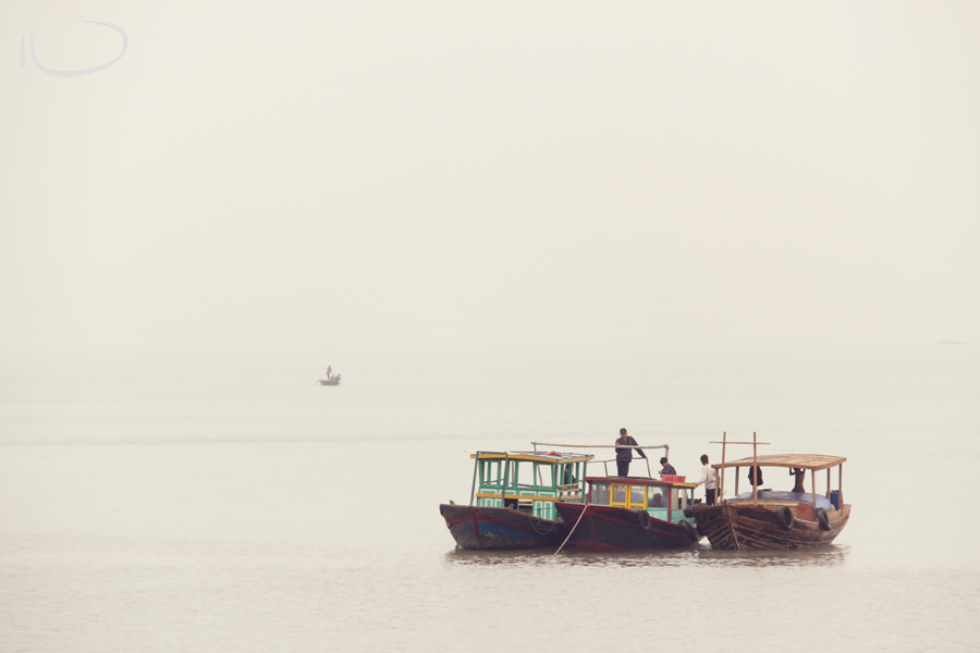 Vietnam Wedding Photographer: Fishing boats