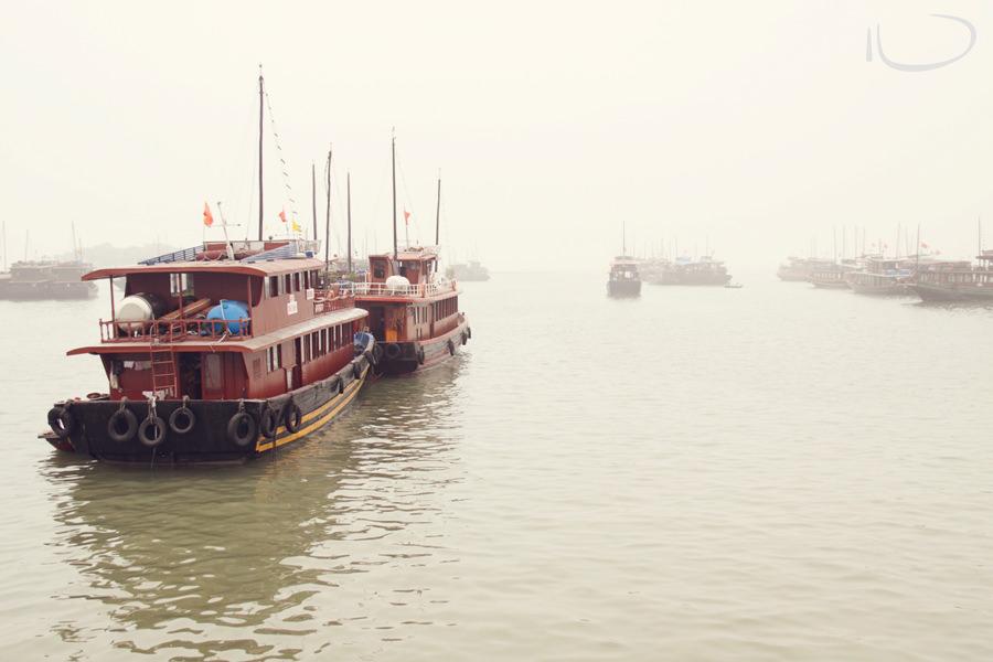 Halong Bay Vietnam Wedding Photographer: Junk boats