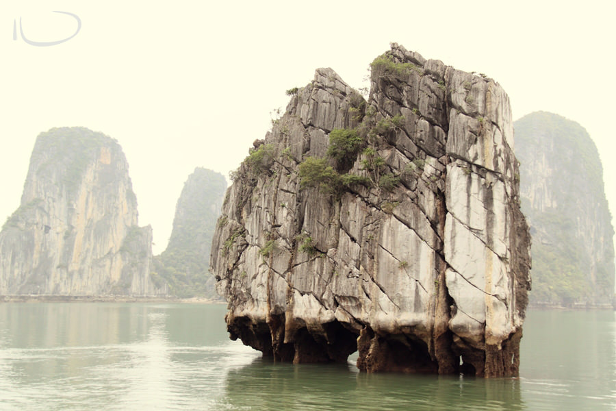 Halong Bay Vietnam Wedding Photographer: Natural wonder of the world