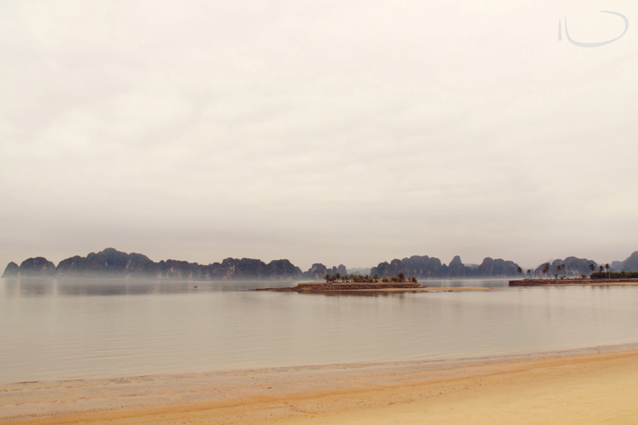 Halong Bay Vietnam Wedding Photographer: Halong bay in fog
