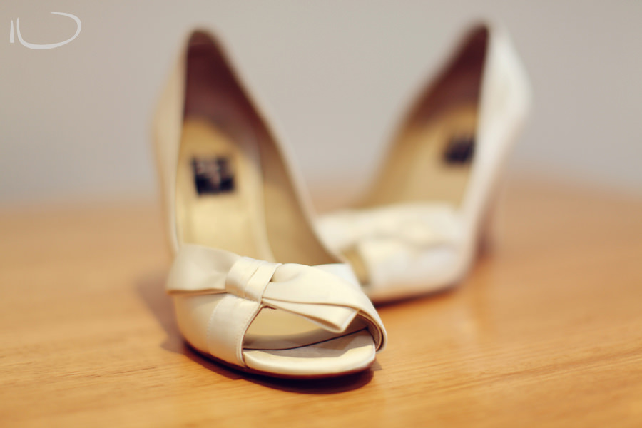 Apollo Bay Victoria Wedding Photographer: Bride's shoes