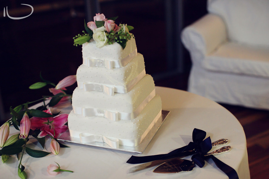 Otway Estate Barongarook Victoria Wedding Photographer: Wedding cake