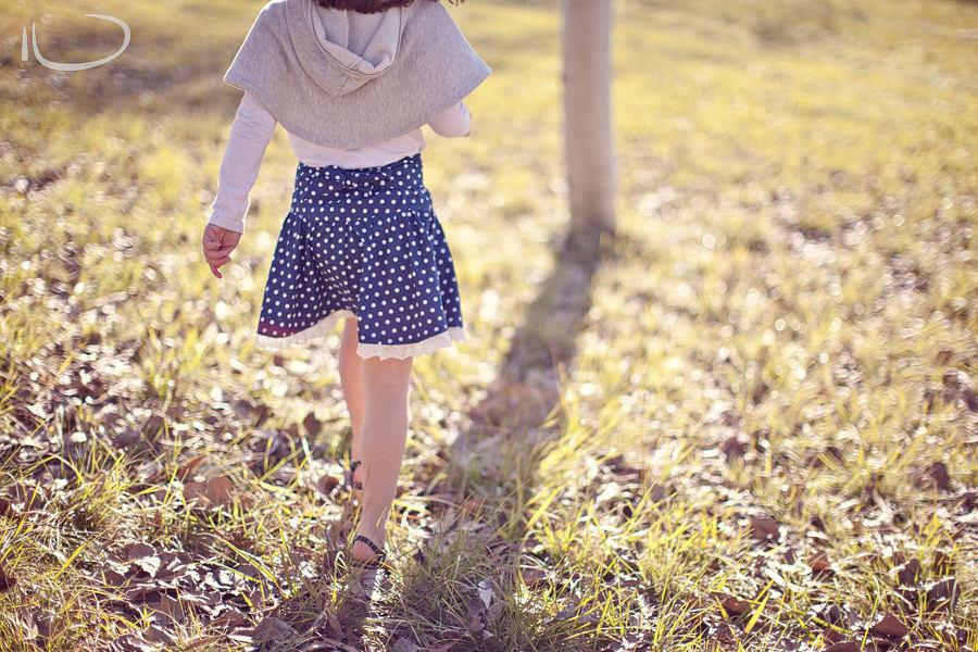 Canberra Family Photographer: Girl walking