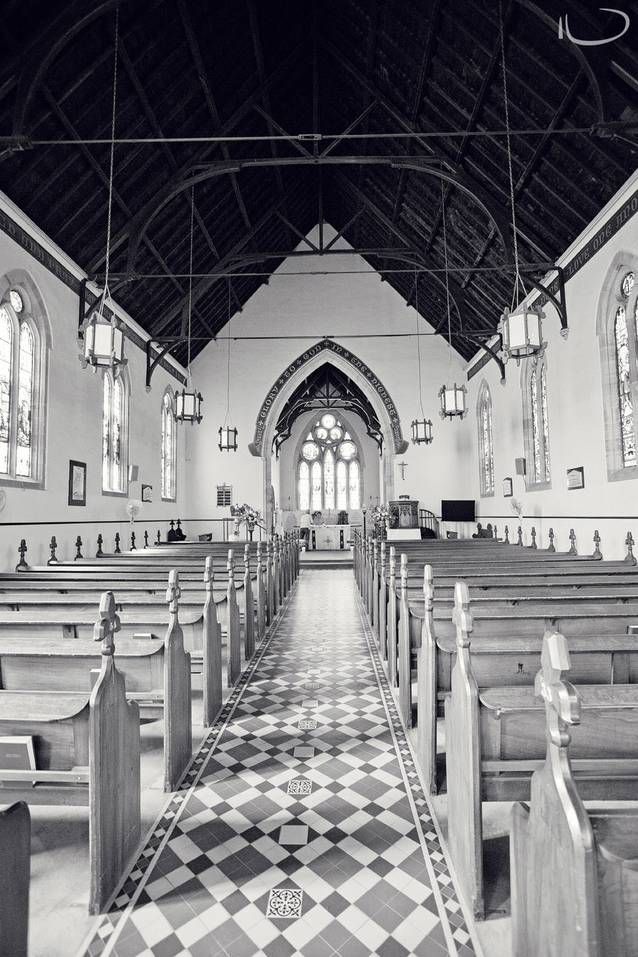 Mudgee NSW Wedding Photographer: Empty church inside