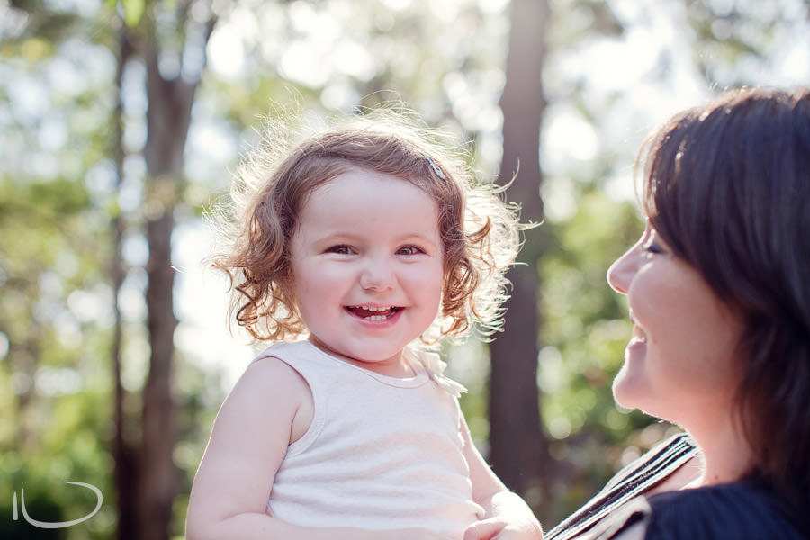 Kurrajong Blue Mountains Sydney Child Photographer: Toddler with Mum