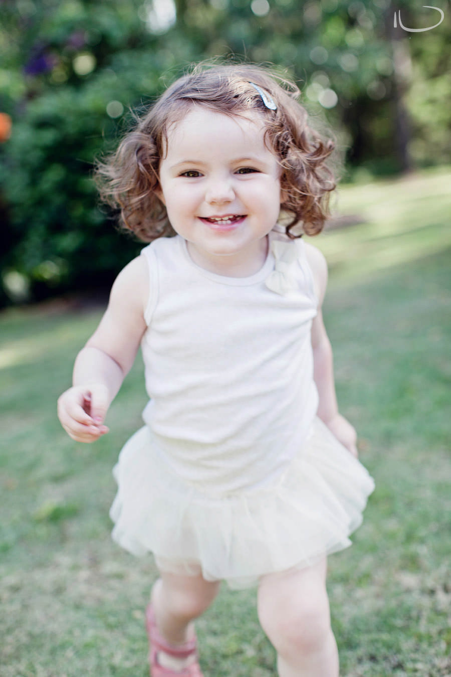 Kurrajong Blue Mountains Sydney Child Photographer: Cute toddler
