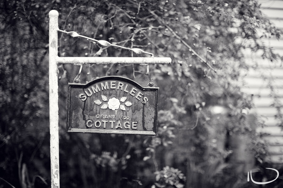 Summerlees Cottage Wedding Photographer: Cottage Sign
