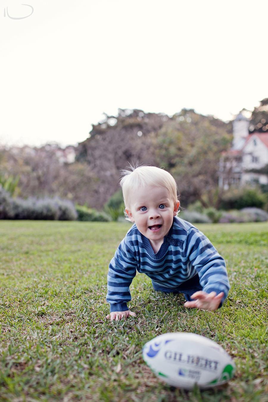 Lavendar Bay Baby Photographer: Baby crawling towards camera