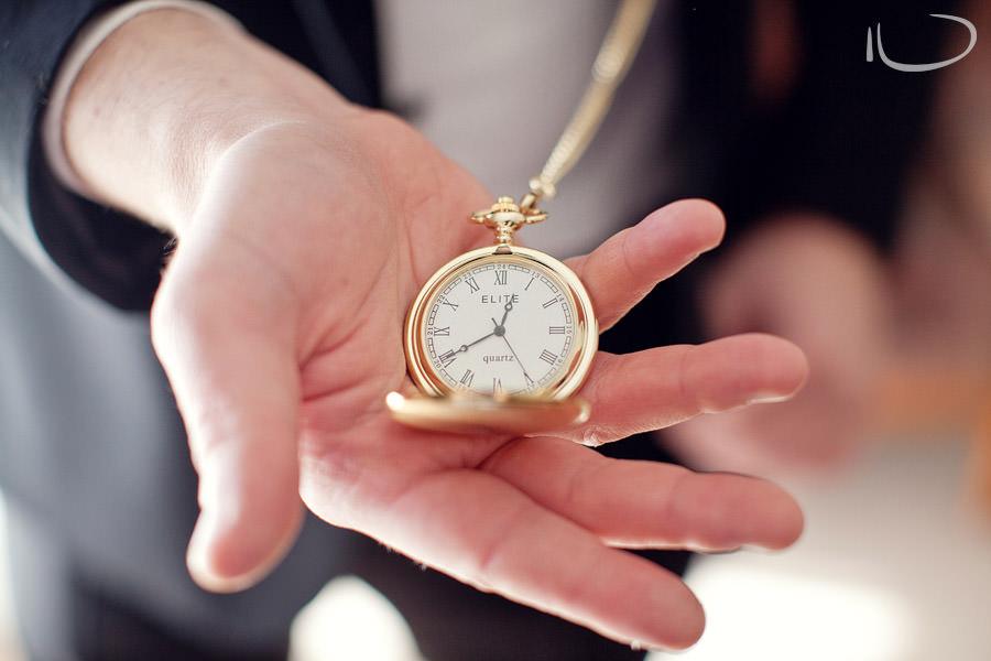 Hunter Valley Wedding Photographer: Pocket watch gift