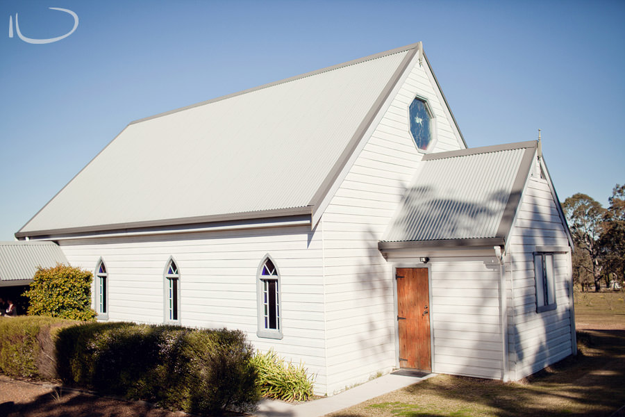 Hunter Valley Wedding Photography: Little White Chapel, Lovedale