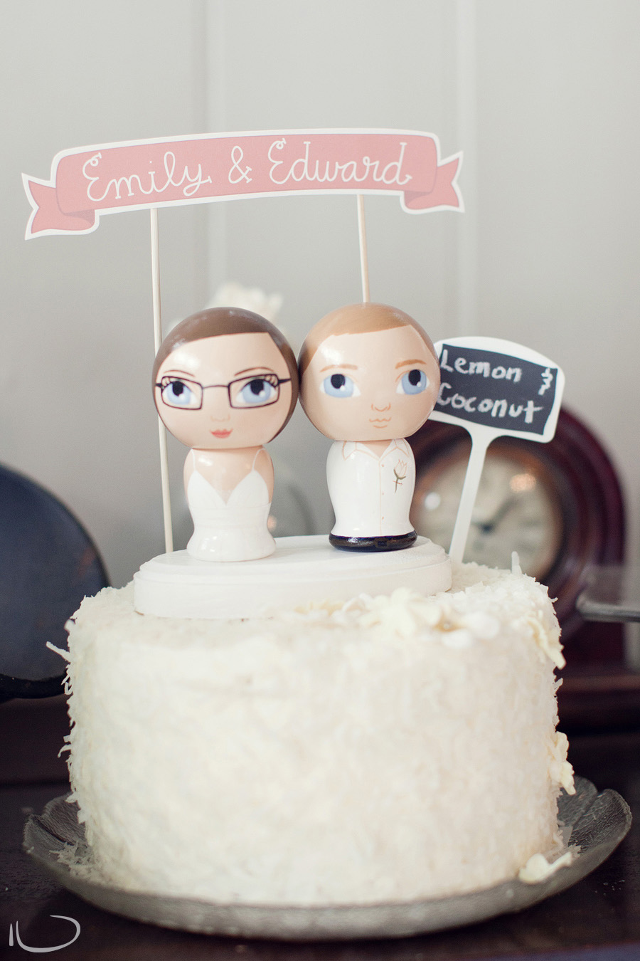 Summerlees Wedding Photographer: Wedding cake with awesome cake toppers