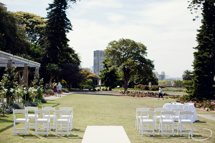 Botanic Gardens Wedding Photographer: Rose Garden