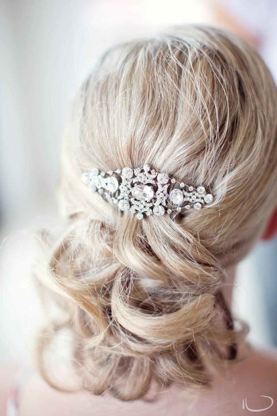 Cronulla Wedding Photographer: Bride's hairpiece