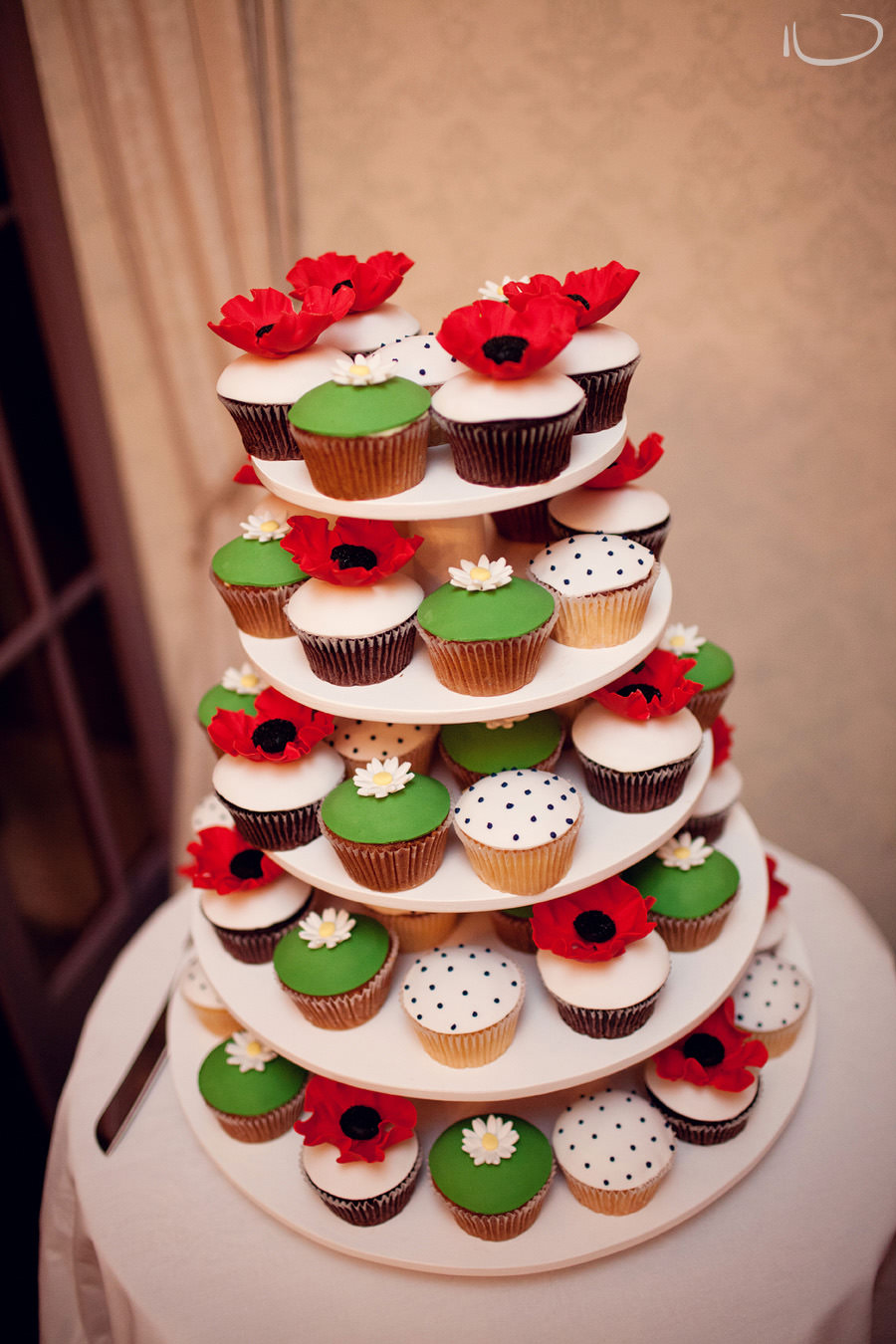 Gunners Barracks Wedding Photographer: Cupcake wedding cake