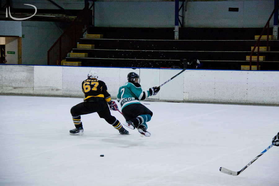 Sydney Ice Hockey Photographer: Tripping