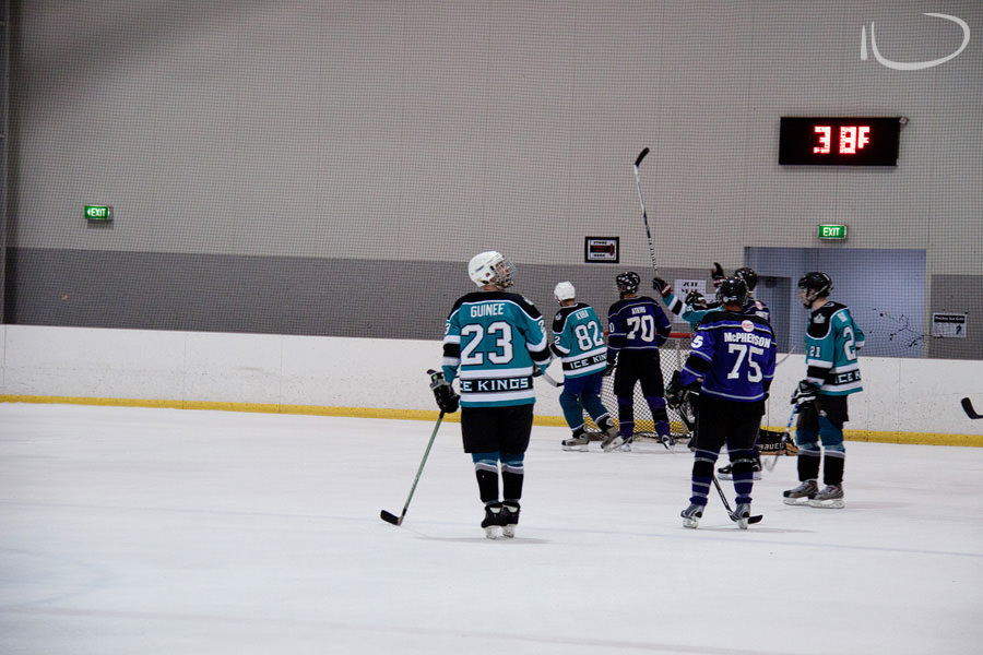 Sydney Ice Hockey Photographer: Captain looking at clock