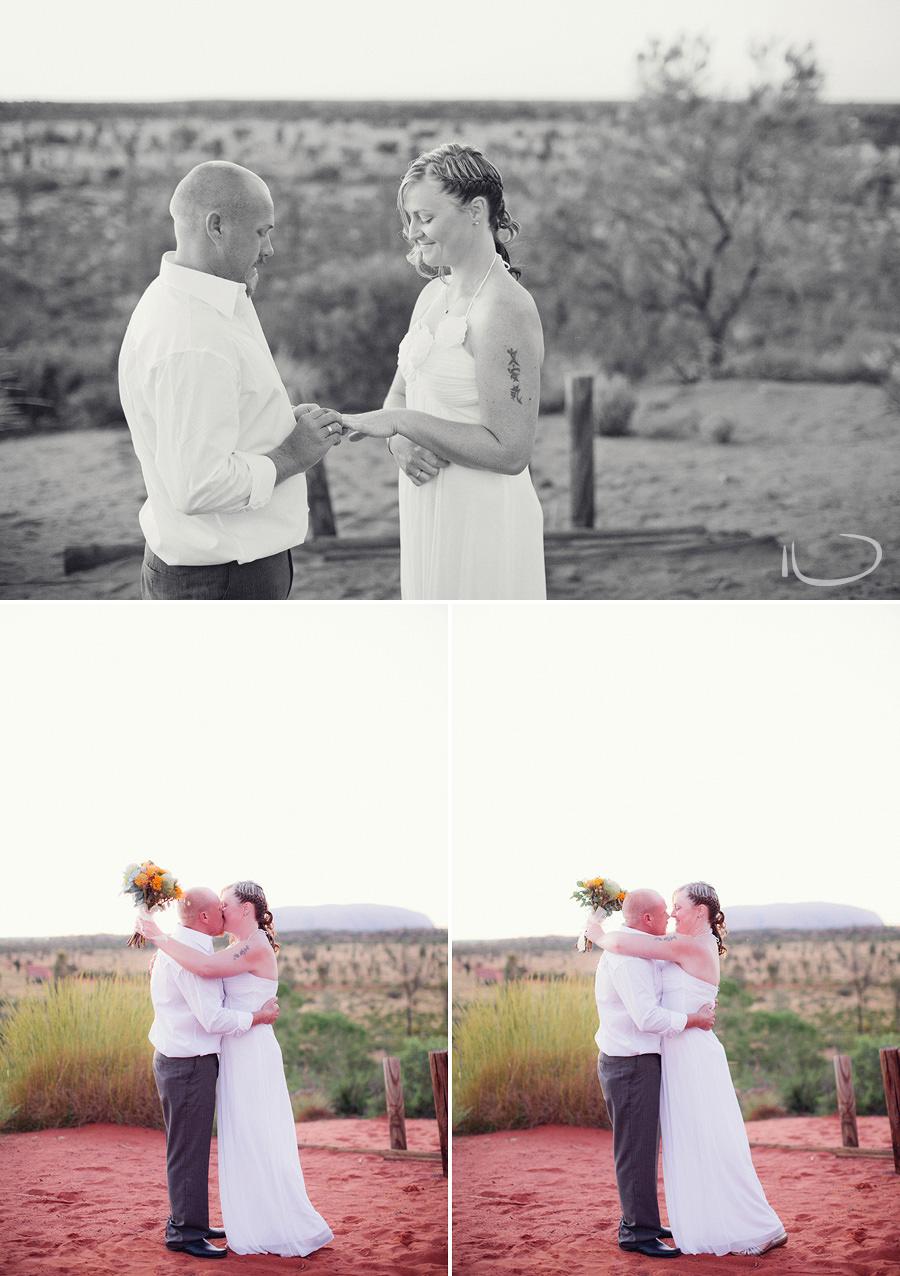 Uluru Wedding Photographers: Kiss the bride