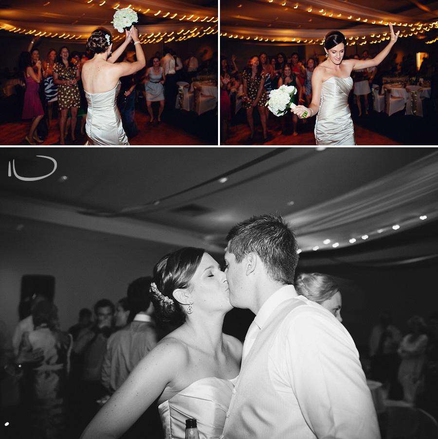 Wedding Photographer Federal Golf Club: Bouquet toss