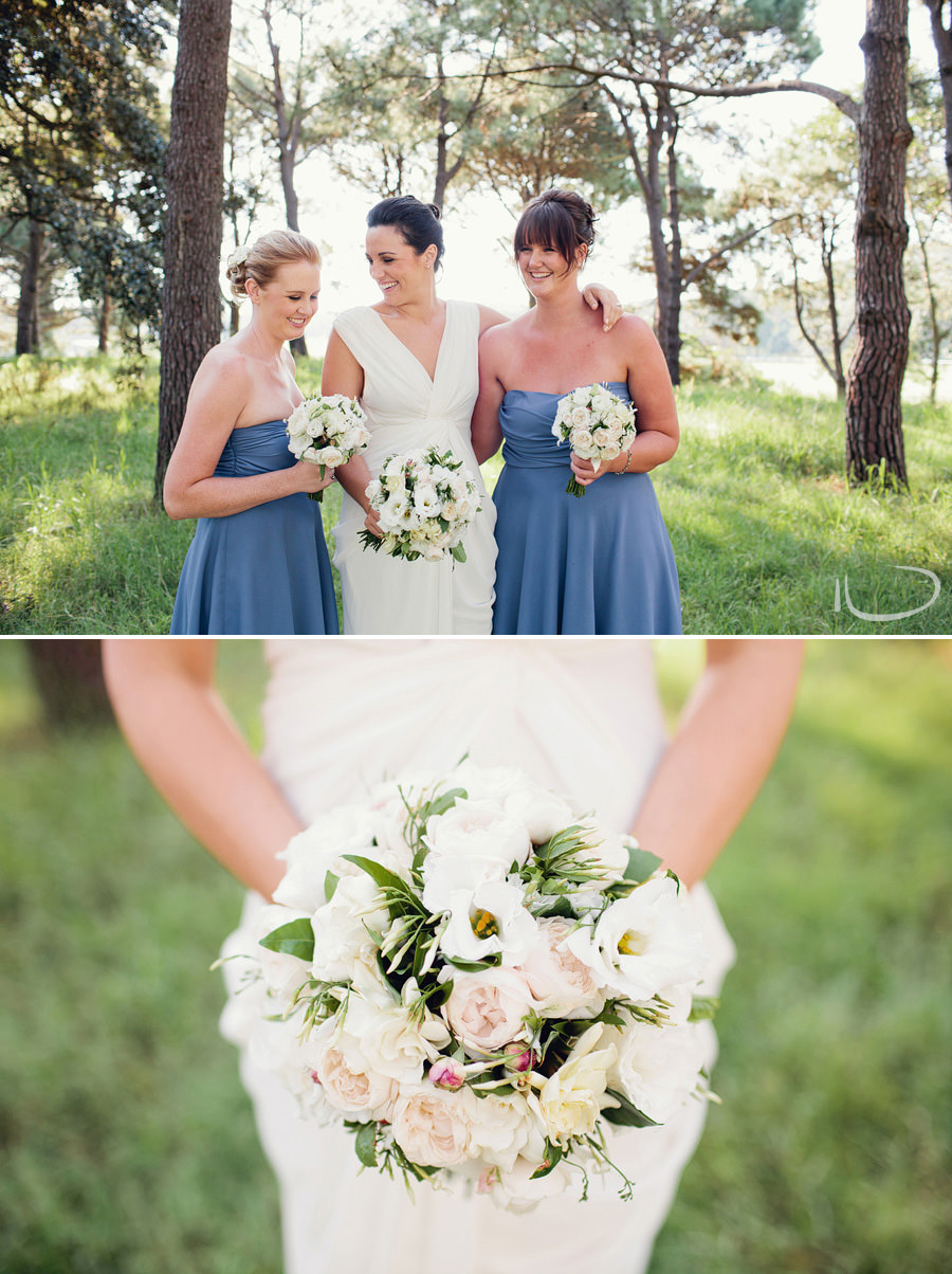 Centennial Park Wedding Photographer: Bride & bridesmaids