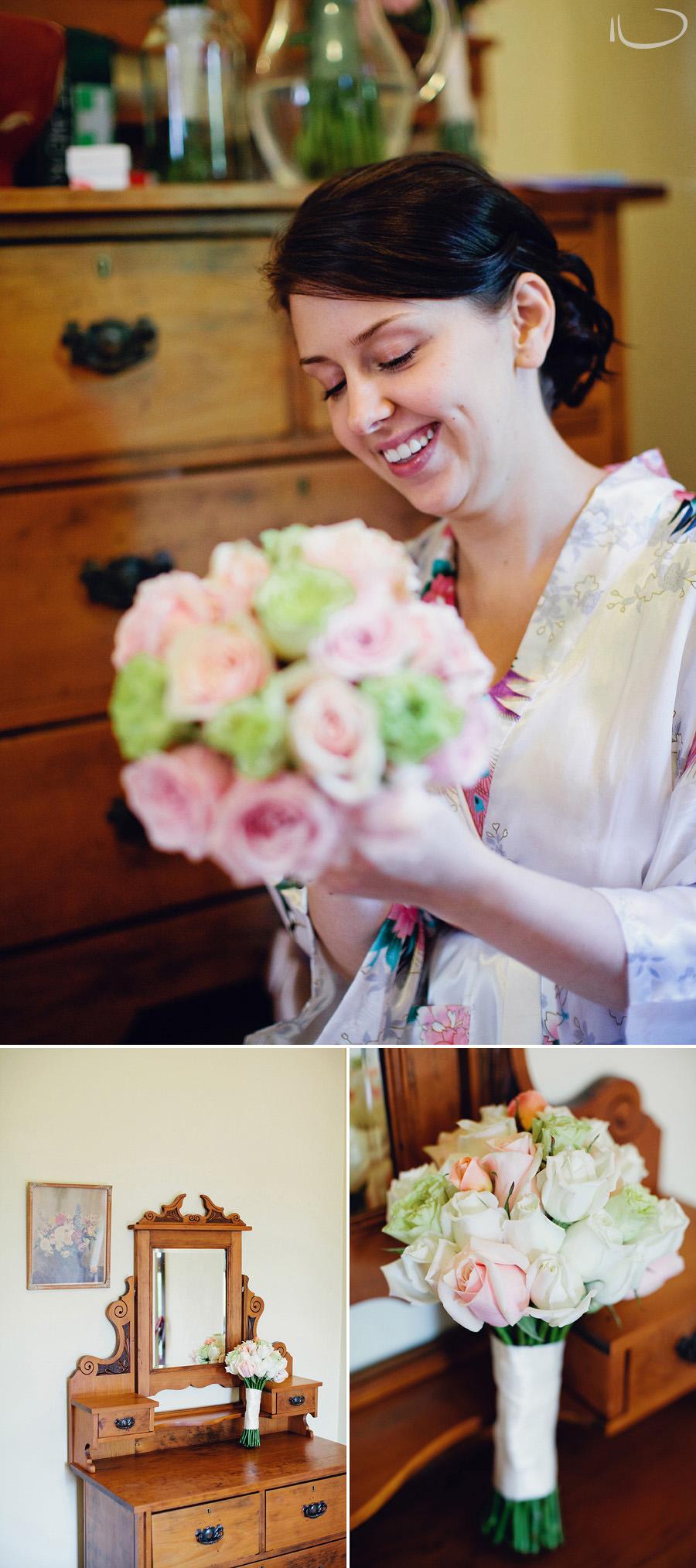 Glen Davis Wedding Photographer: Bride making bouquets