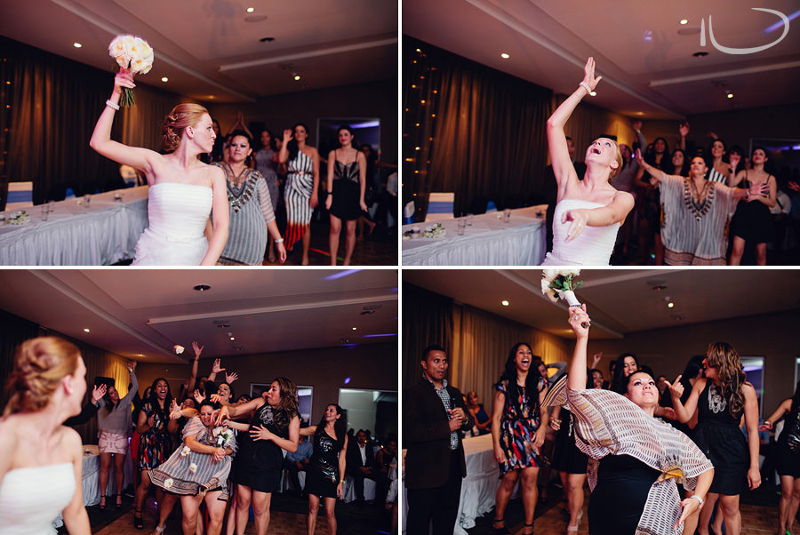 Modern Wedding Photographer: Bouquet toss