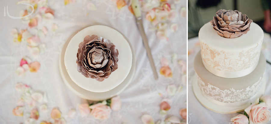 Sydney Wedding Photographer: Cake