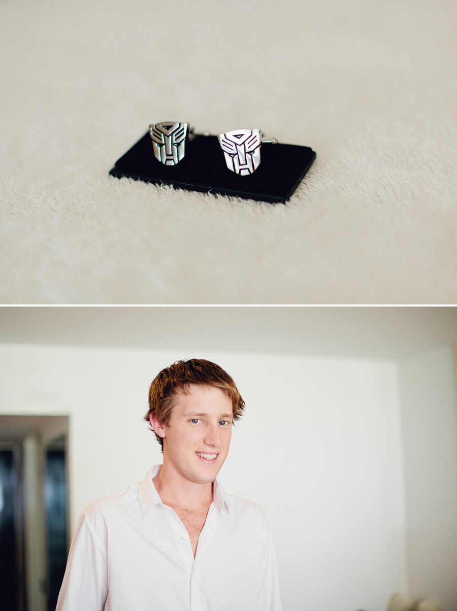 The Pearl Wedding Photography: Groom cufflinks & getting ready