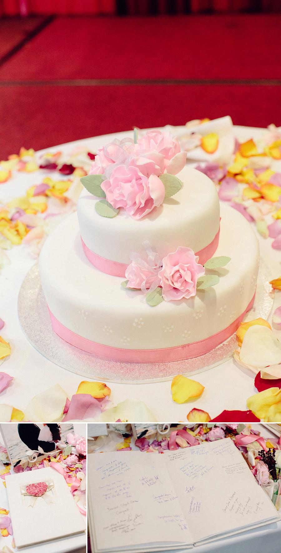 Market City Wedding Photographer: Wedding cake