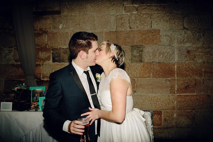 Modern Wedding Photographer: Reception