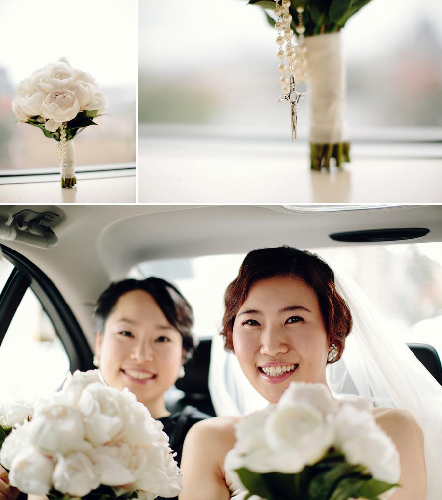 Contemporary Wedding Photographer: Bridal bouquet