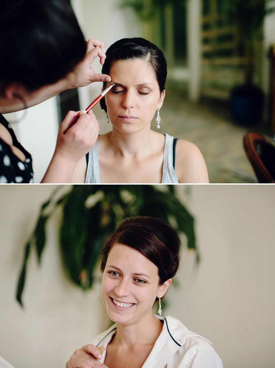 North Shore Wedding Photography: Bride & bridesmaid