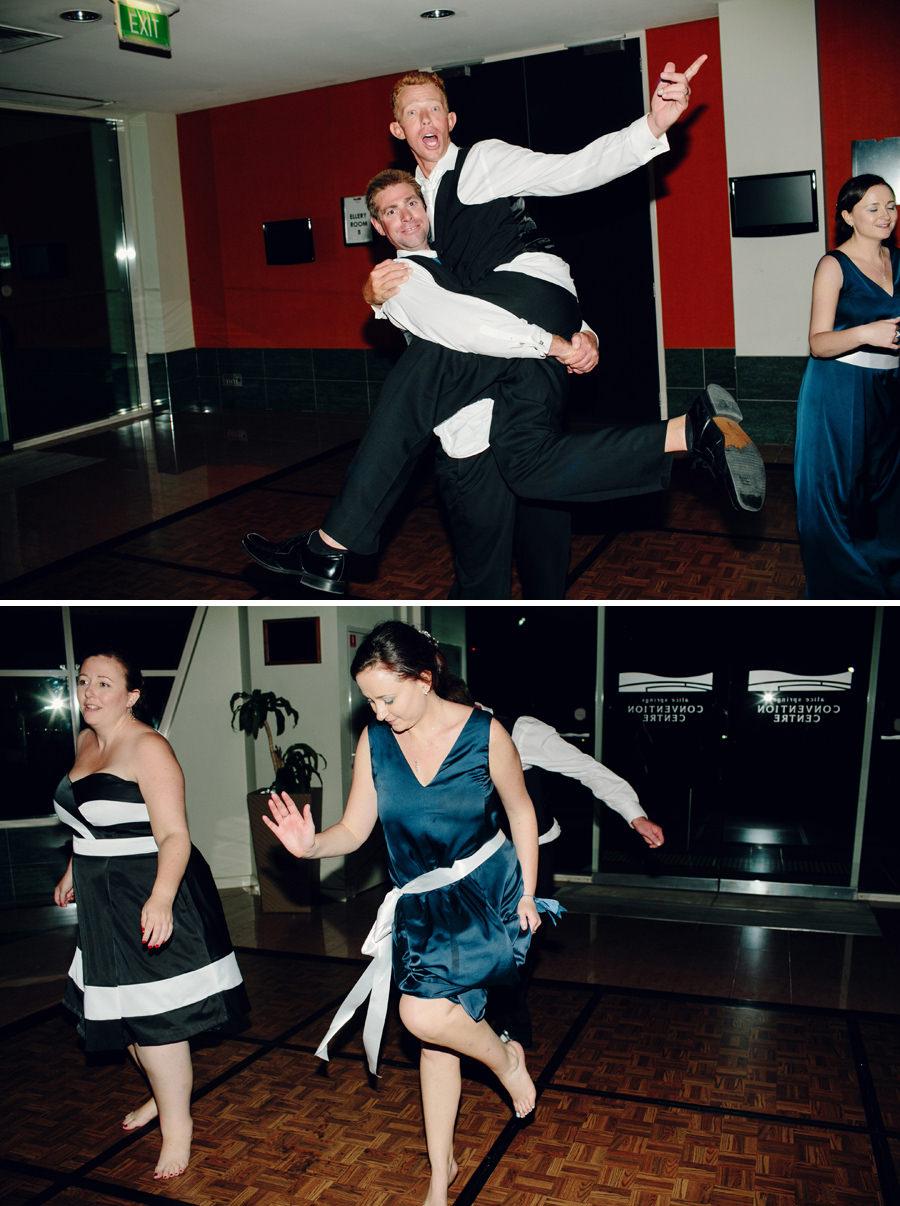 Fun Wedding Photographer: Party