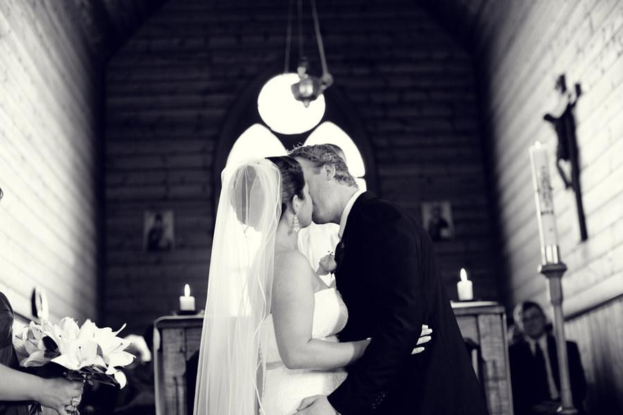 Apollo Bay Wedding Photographer: Eliza & Marty