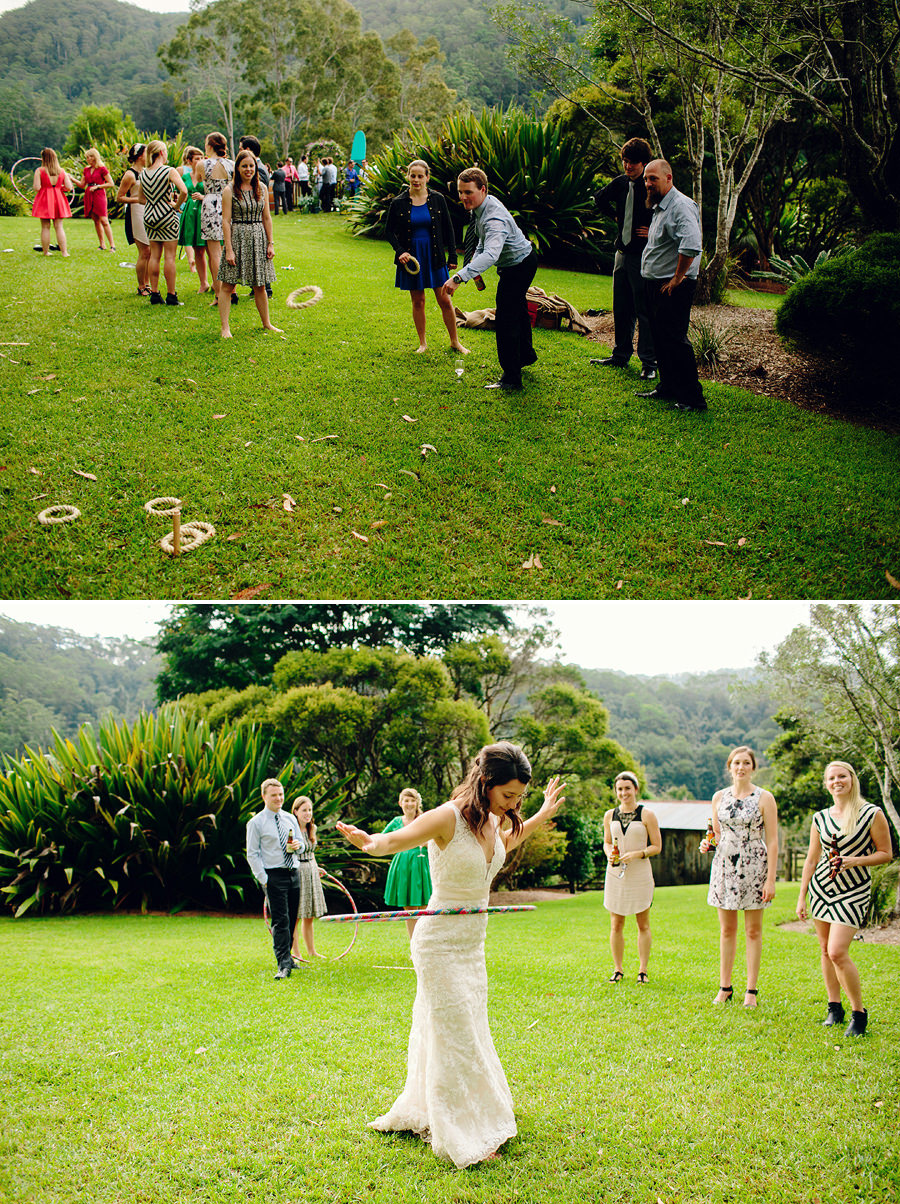 Fun Wedding Photographers: Lawn Games