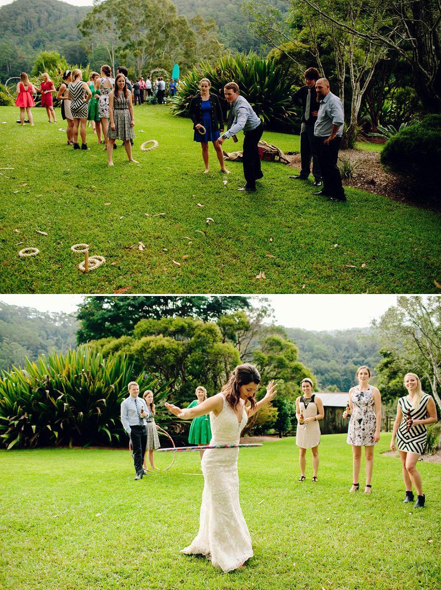 Fun Wedding Photographers: Lawn Games