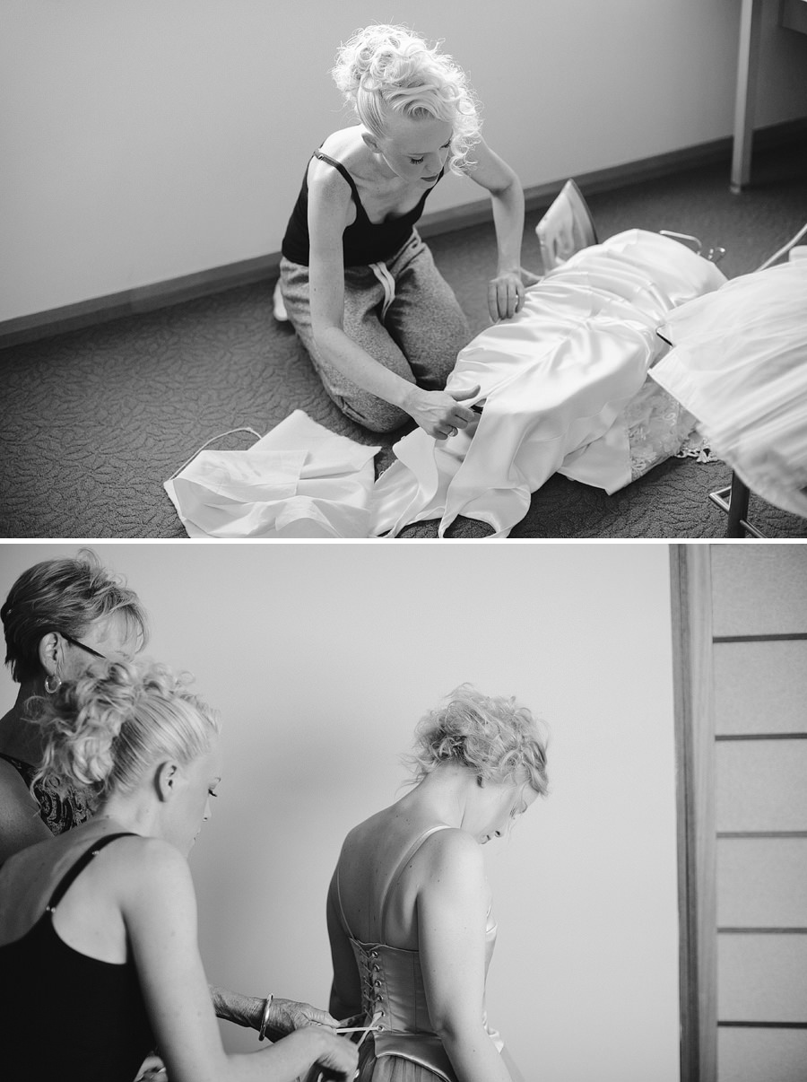 Documentary Wedding Photographer: Getting dressed