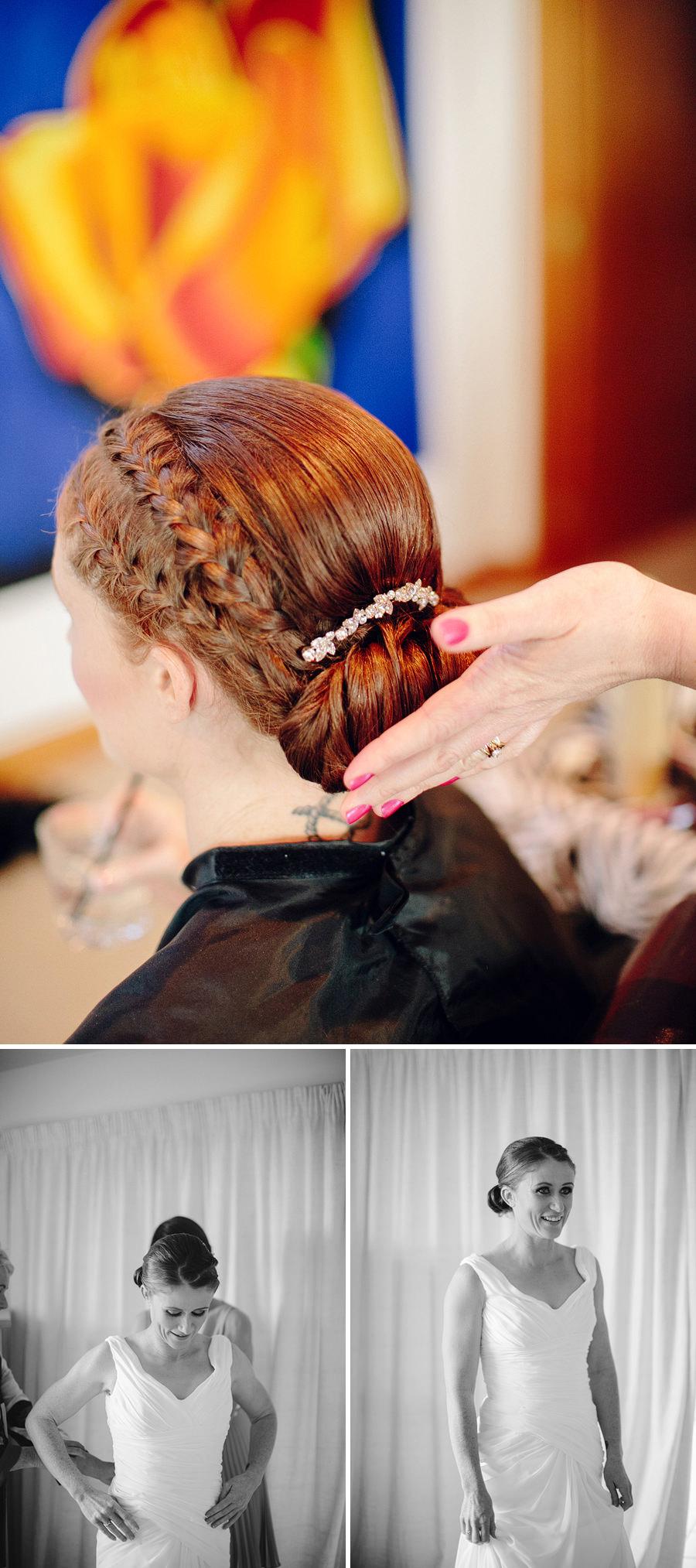 Winter Wedding Photographers: Bride getting ready