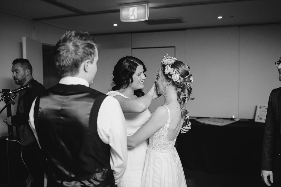 Shelly Beach Wedding Photographers: Dancefloor